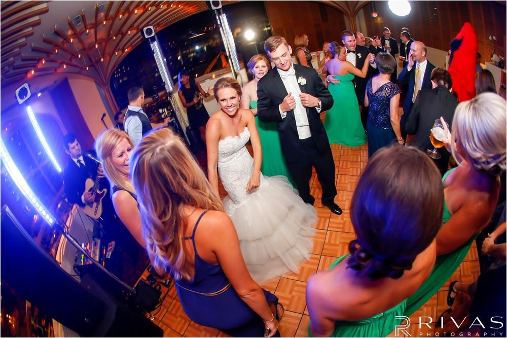 Crown Center Wedding - Kansas City Wedding Photographers