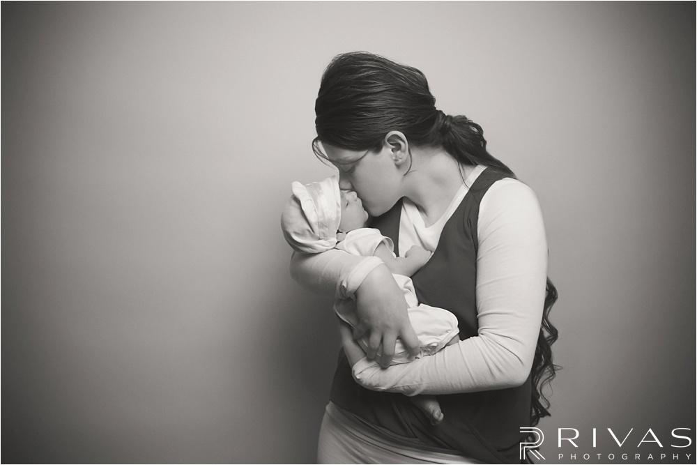 Pilot Newborn Pictures - Kansas City Newborn Photographers