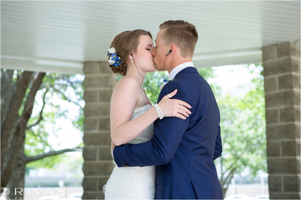 Kansas City Wedding Photographers: Overland Park Courthouse Wedding