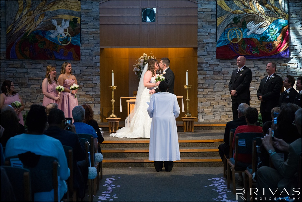 Romantic Leawood Wedding - Kansas City Wedding Photographer