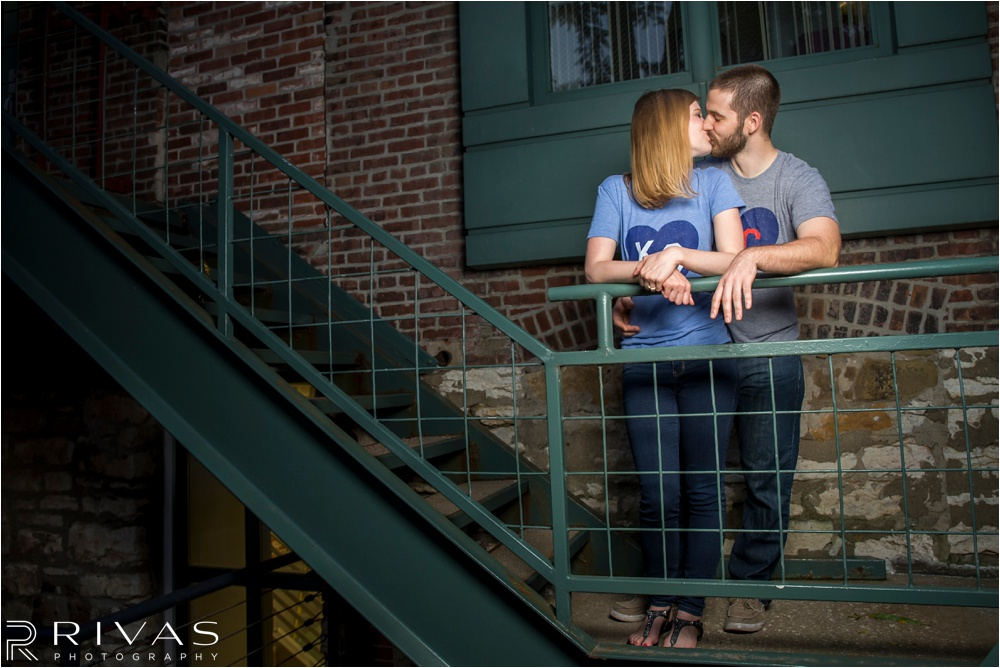 Kansas City Wedding Photographer | casual Kansas City engagement pictures | Downtown Kansas City Engagement Pictures