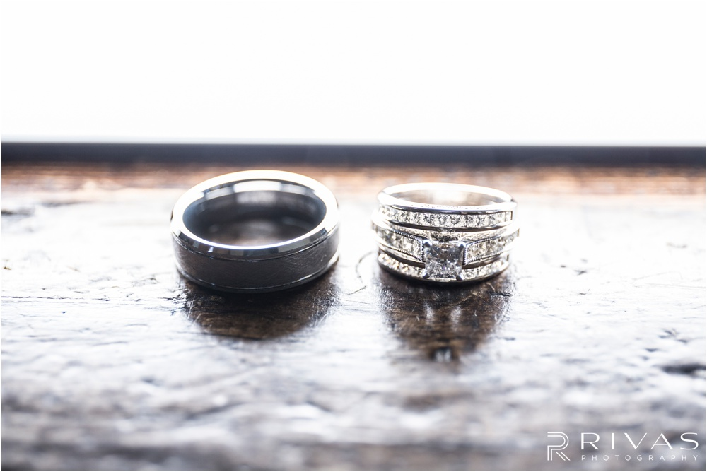 elegant fall wedding buffalo lodge | Close up picture of a bride and groom's wedding bands at The Buffalo Lodge.